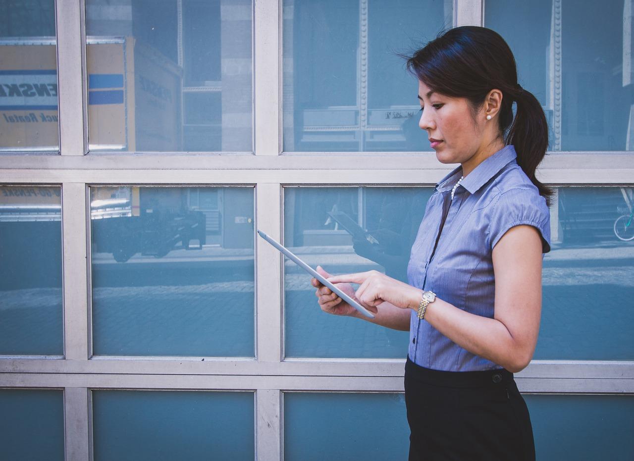 zatrudnienie praca kobieta